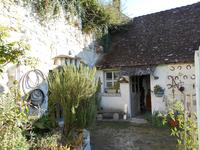 French property for sale in MONTRICHARD, Loir et Cher - €156,600 - photo 3