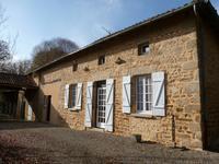 French property, houses and homes for sale inMAISONNAIS SUR TARDOIREHaute_Vienne Limousin