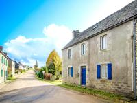 houses and homes for sale inLA FEUILLEEFinistere Brittany