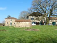 houses and homes for sale inBRILLACCharente Poitou_Charentes