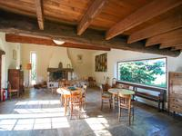 French property for sale in VAISON LA ROMAINE, Vaucluse - €645,000 - photo 5