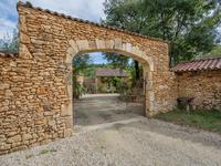 French property for sale in CASSAGNES, Lot - €451,500 - photo 2