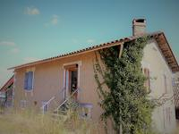 French property for sale in CHAMPAGNE ET FONTAINE, Dordogne - €162,000 - photo 2