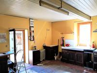 French property for sale in CHAMPAGNE ET FONTAINE, Dordogne - €162,000 - photo 3