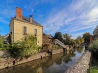 houses and homes for sale inLA CHARTRE SUR LE LOIRSarthe Pays_de_la_Loire