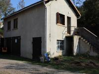 French property for sale in AYDAT, Puy de Dome - €477,000 - photo 4
