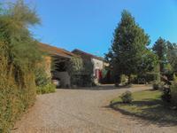 French property for sale in VILLENEUVE SUR LOT, Lot et Garonne - €267,500 - photo 2