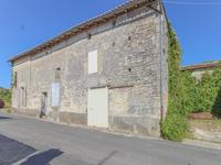 French property for sale in GOURVILLETTE, Charente Maritime - €149,999 - photo 3