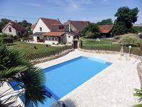 houses and homes for sale inBRIGUEIL LE CHANTREVienne Poitou_Charentes