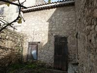 French property for sale in SIGEAN, Aude - €90,000 - photo 2