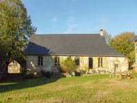French property for sale in ARNAC POMPADOUR, Correze - €267,500 - photo 2