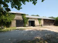 French property for sale in , Gironde - €985,800 - photo 2