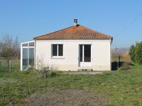 French property for sale in FRONTENAY ROHAN ROHAN, Deux Sevres - €162,000 - photo 2