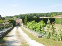 French property for sale in MOUTHIERS SUR BOEME, Charente - €41,000 - photo 2