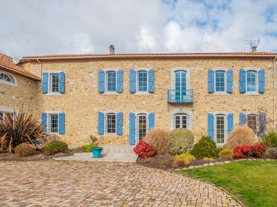 Fabulous 7-bedroom home with a guest house, swimming pool and secure enclosed grounds.  This truly is a dream home.  In a tranquil small village with views of the Pyrenees mountains yet only a short drive to shops, service and transport links