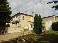 French property for sale in BOURG, Gironde - €598,500 - photo 4