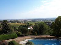 French property, houses and homes for sale inBROCHONCote_d_Or Bourgogne