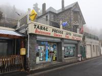 commerce à vendre à CHAMBON SUR LAC, Puy_de_Dome, Auvergne, avec Leggett Immobilier