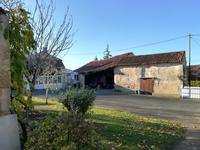 French property for sale in FONTENAY LE COMTE, Vendee - €162,000 - photo 9