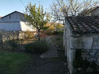 French property for sale in FONTENAY LE COMTE, Vendee - €162,000 - photo 10