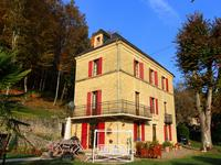 French property for sale in VEZAC, Dordogne - €470,000 - photo 1