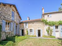 French property for sale in ST CLAIR, Vienne - €147,150 - photo 1