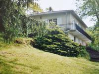 Maison indépendante de 4 chambres, sans vis-à-vis et très proche du centre de Rochechouart