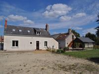 French property for sale in PARCAY LES PINS, Maine et Loire - €194,400 - photo 4