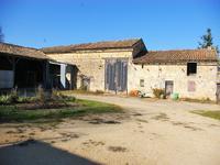 French property for sale in CLUSSAIS LA POMMERAIE, Deux Sevres - €66,000 - photo 4