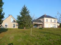 French property for sale in FATOUVILLE GRESTAIN, Eure - €599,750 - photo 1