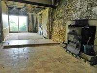 French property for sale in PRESSAC, Vienne - €19,000 - photo 4