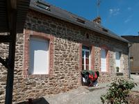 French property for sale in HARDANGES, Mayenne - €79,200 - photo 2