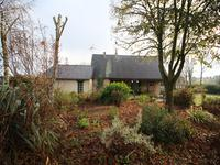 French property for sale in FONTAINE COUVERTE, Mayenne - €320,400 - photo 6