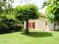 French property for sale in MONTIGNAC, Dordogne - €102,500 - photo 2
