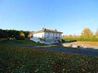 French property for sale in CHIVES, Charente Maritime - €109,000 - photo 9