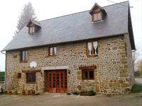 French property for sale in CARELLES, Mayenne - €265,000 - photo 3