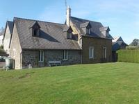 French property for sale in CARELLES, Mayenne - €265,000 - photo 7