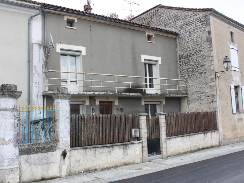 Maison à vendre à VOUHARTE(16330) - Charente