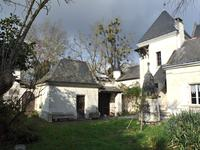 French property for sale in ST NICOLAS DE BOURGUEIL, Indre et Loire - €349,800 - photo 4
