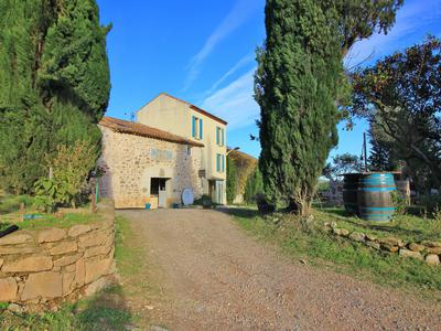 Stunning location for this  bio wine domaine with 7 bedroom owners property ,separate apartment  wine tasting  shop /office ,réception/seminar  area , 24 hectares of  Aop Minervois and 3 hectares 90 of IGP blanc. In the beautiful  Minervois wine region between Carcassonne and Narbonne.