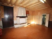 French property for sale in BALLOTS, Mayenne - €87,500 - photo 4
