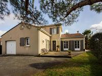 French property, houses and homes for sale inL Isle d EspagnacCharente Poitou_Charentes