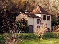 French property, houses and homes for sale inCAYLUSTarn_et_Garonne Midi_Pyrenees