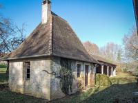 French property for sale in MONTIGNAC, Dordogne - €328,000 - photo 2