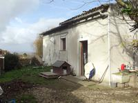 French property for sale in AUVILLAR, Tarn et Garonne - €174,960 - photo 2