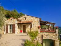 French property for sale in MONTAUROUX, Var - €530,000 - photo 2