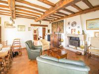 French property for sale in MONTAUROUX, Var - €530,000 - photo 6