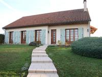 French property for sale in VOUILLE, Vienne - €235,400 - photo 3