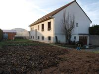 French property for sale in VOUILLE, Vienne - €235,400 - photo 2