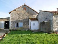 French property for sale in MAGNAC LAVALETTE VILLARS, Charente - €165,000 - photo 6